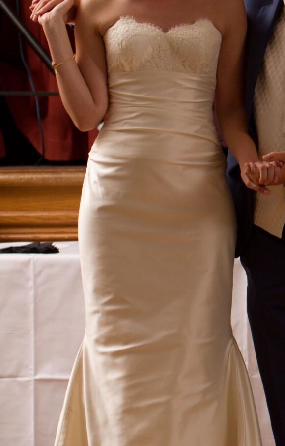 Liliana Dabic   Wedding Dress   Fit to Flare   C2614