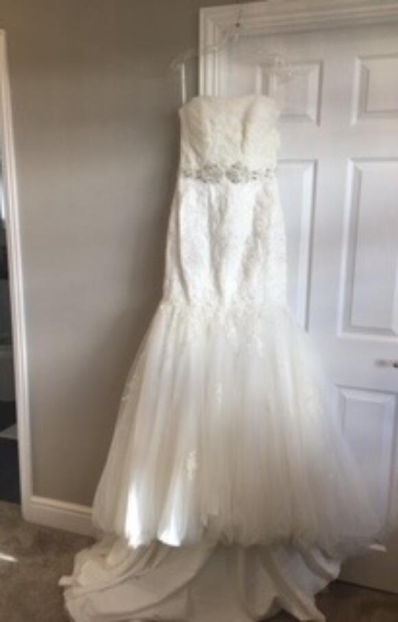 Sophia Tolli   Wedding Dress   Fit to Flare   C2492