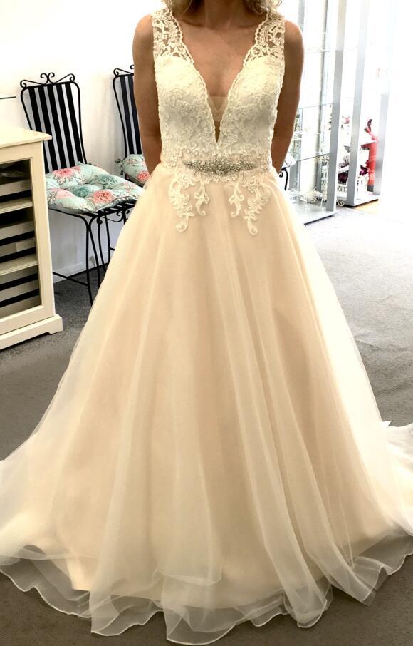 Art Couture | Wedding Dress | Aline | C2627