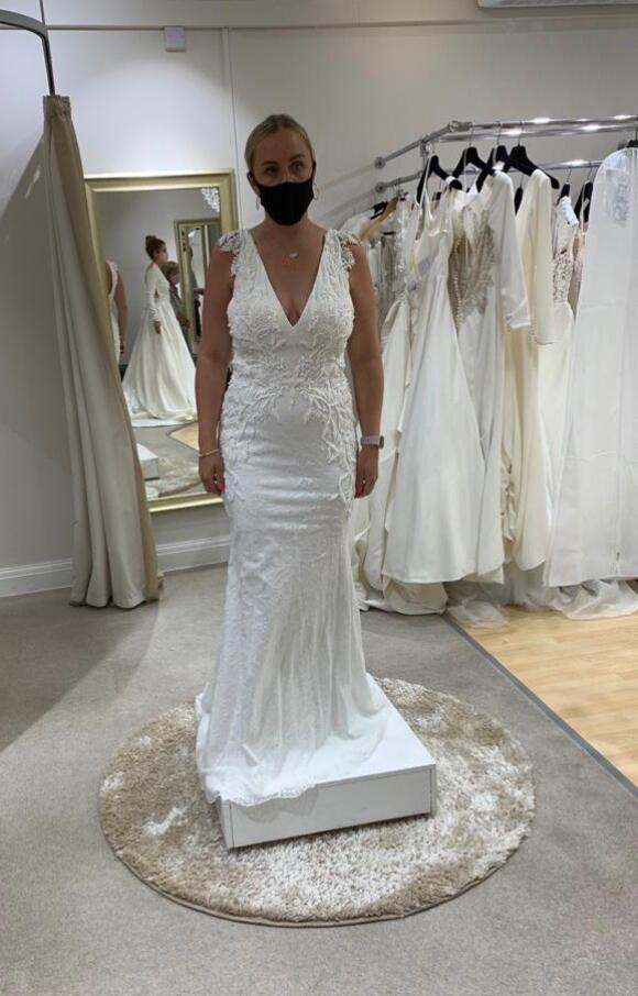 Justin Alexander | Wedding Dress | Fit to Flare | C2594