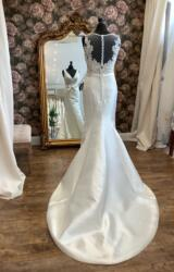 Rosa Clara | Wedding Dress | Fit to Flare | WN148D