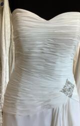 Manual Varez   Wedding Dress   Fit to Flare   L470