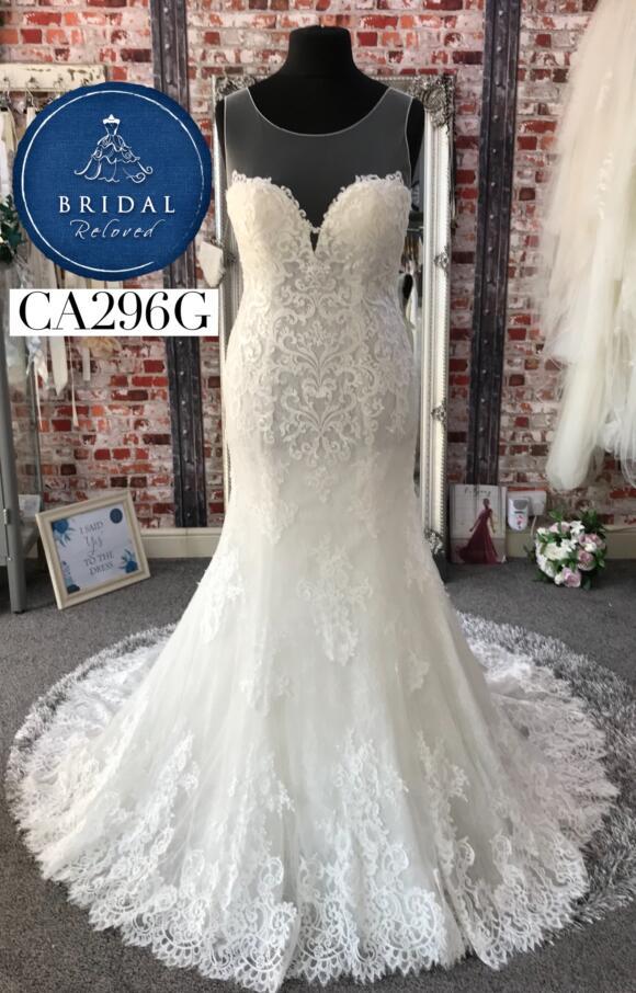 Rosa Clara   Wedding Dress   Fit to Flare   CA296G