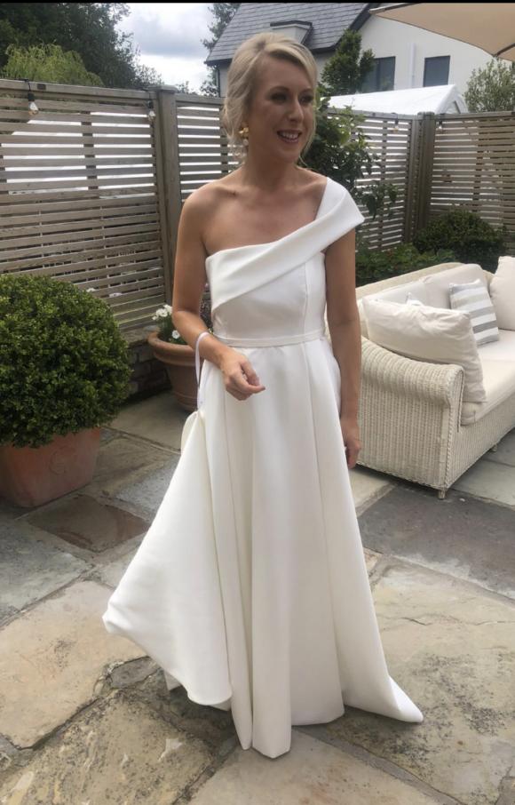 Jessica Bennett Bespoke   Wedding Dress   Fit to Flare   C2645