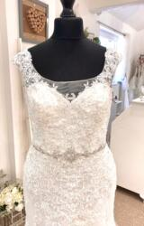 Romantica | Wedding Dress | Fit to Flare | LE432M