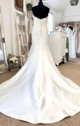 San Patrick   Wedding Dress   Fit to Flare   LE435M