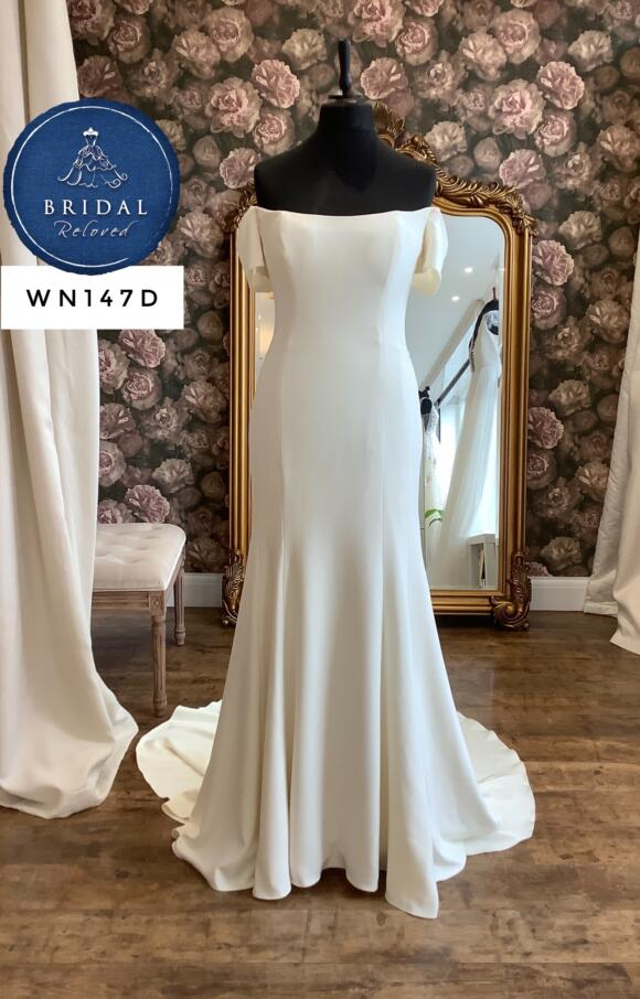 Watters | Wedding Dress | Fit to Flare | WN147D