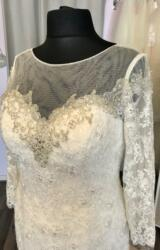 Berketex   Wedding Dress   Fit to Flare   C241JL