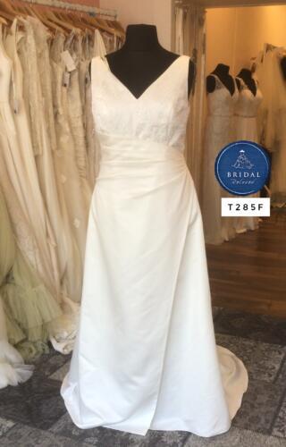 Emily Fox | Wedding Dress | Column | T285F