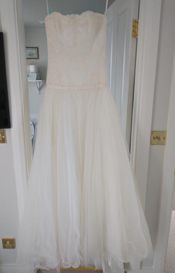 Augusta Jones | Wedding Dress | Aline | C2647