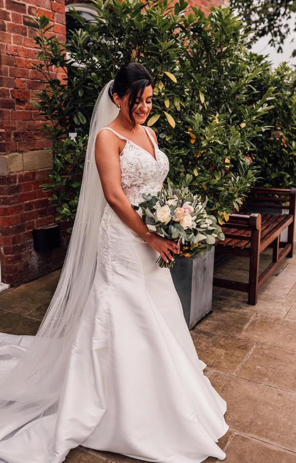 Essence of Australia | Wedding Dress | Fishtail | C2615