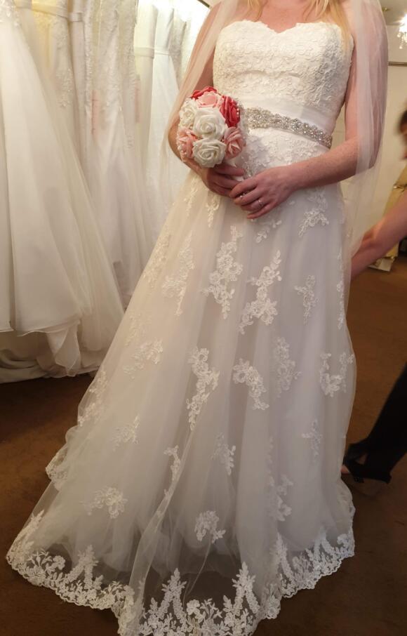 Unknown Designer | Wedding Dress | Aline | C2639