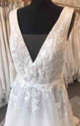 Zavanna Bridal   Wedding Dress   Aline   B317M