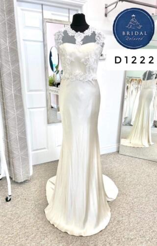 Terry Fox | Wedding Dress | Column | D1222