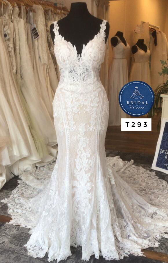 Martina Liana   Wedding Dress   Fit to Flare   T293