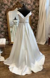 Victoria Jane | Wedding Dress | Aline | WN157D